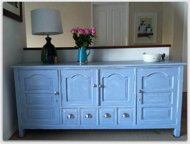 Blue sideboard - Painted with calk paint